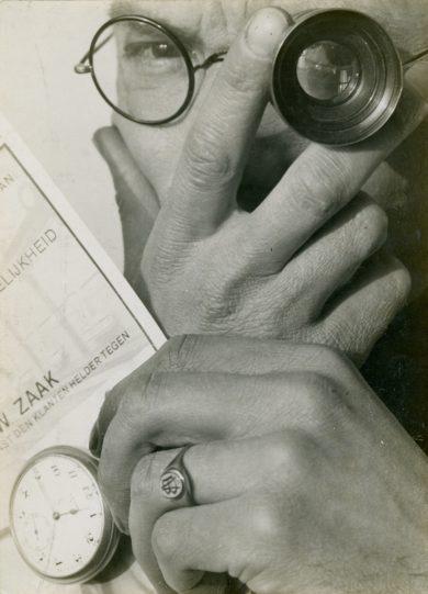 Paul Schuitema-Zelfportret-1929[1]