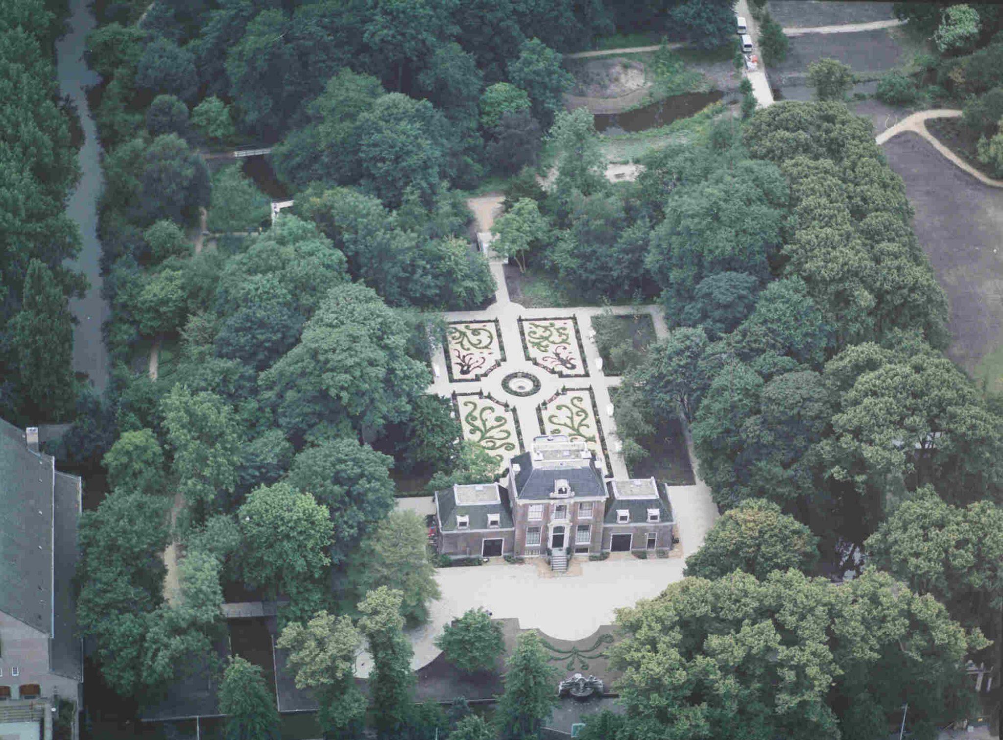 Luchtfoto landgoed Huize Frankendael