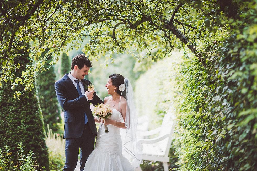 Fotoshoot bruiloft in de tuin